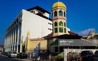 Masjid Jamek Benggali or Benggali Mosque is located in George Town, Penang. It is believe to be founded in 1803 and was rebuilt on 1958 for the Benggali community.