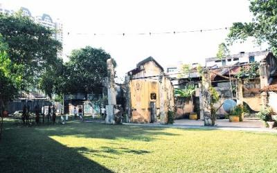 lawn-hin-bus-depot